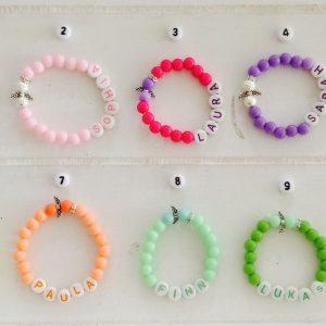 Babyarmband personalisiert in verschiedenen Farben