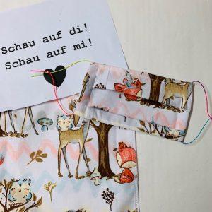 Mund-Nasen-Bedeckung für Kinder Reh im Wald