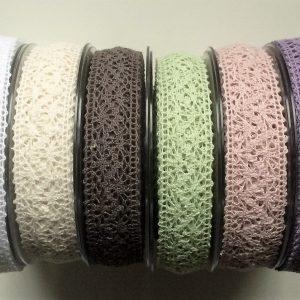 1m Vintage Spitzenband in verschiedenen Farben