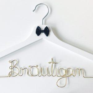 Kleiderbügel Bräutigam gold