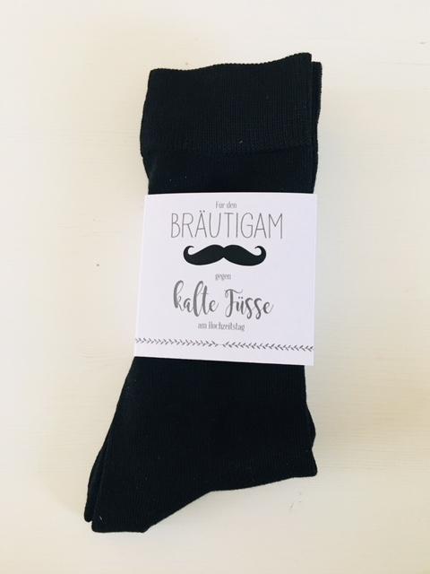 """Socken mit Banderole """"Für den Bräutigam, gegen kalte Füße"""""""